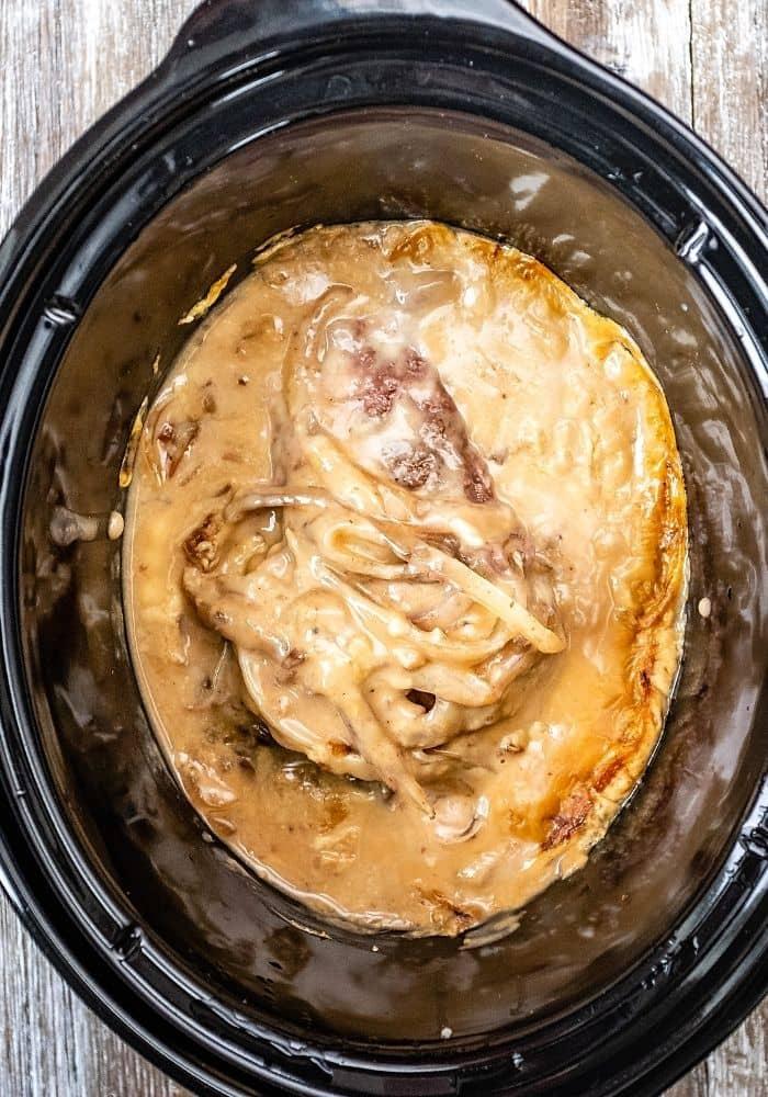 crock pot cube steak with cream of chicken soup