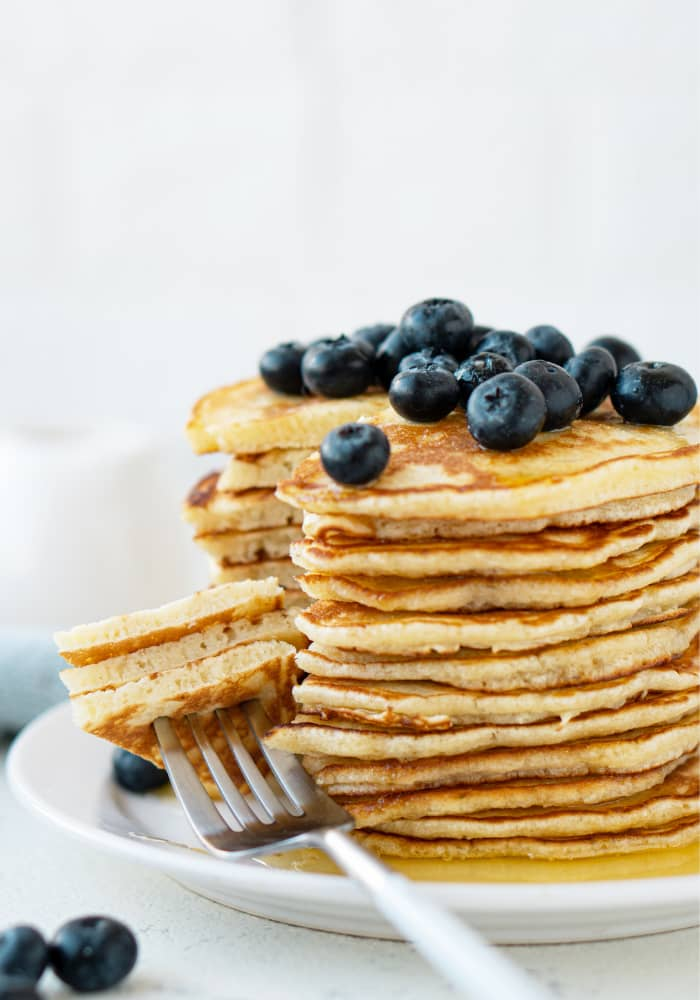 SUPER FLUFFY PANCAKES RECIPE
