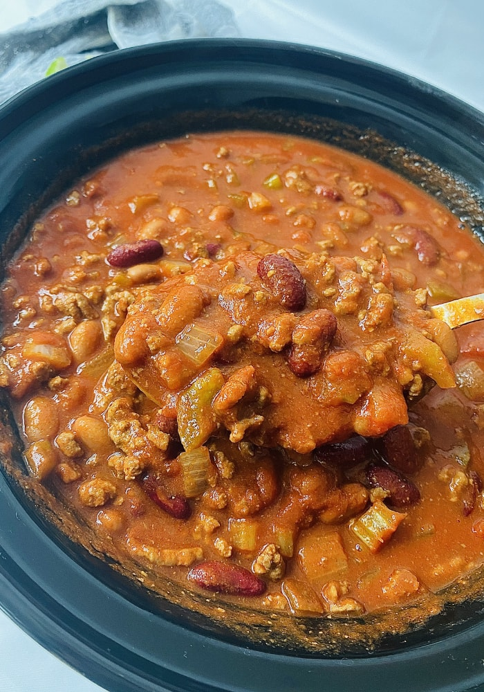 WENDY'S COPYCAT CHILI IN THE SLOW COOKER
