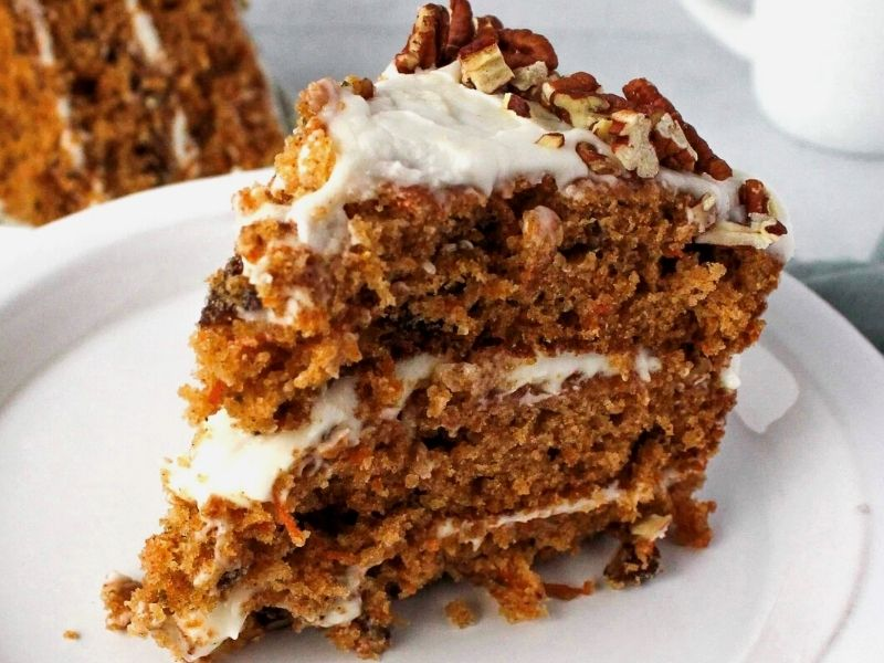 Easy and Simple Carrot Cake Recipe