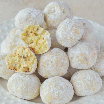 Pecan Cookie Balls