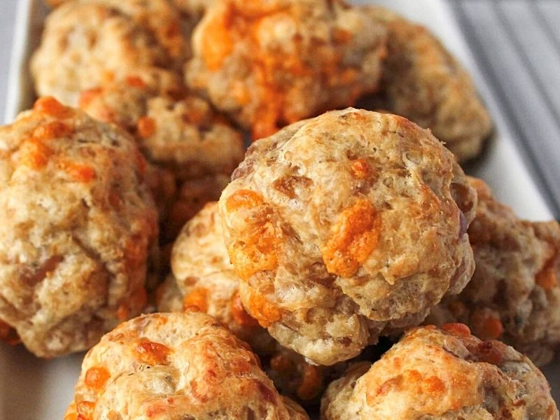 4-Ingredient Bisquick Sausage Balls Recipe