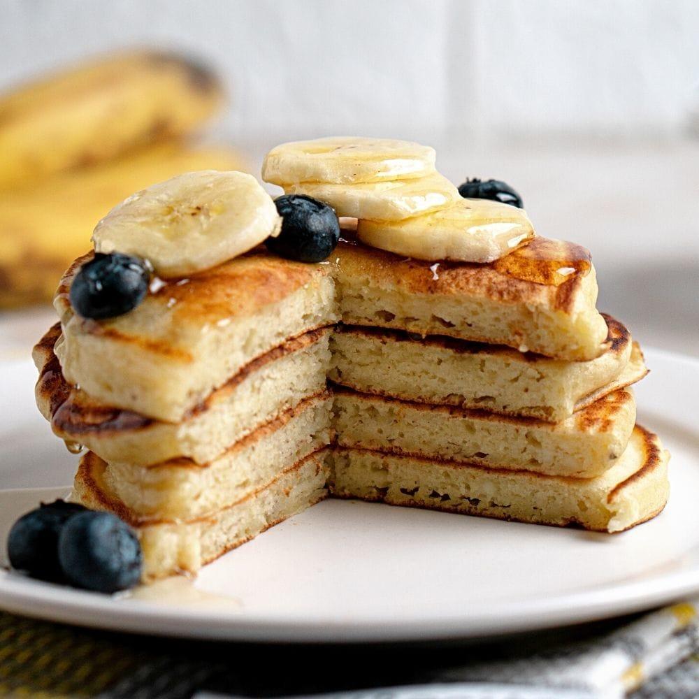 Fluffy Banana Ricotta Pancakes Recipe