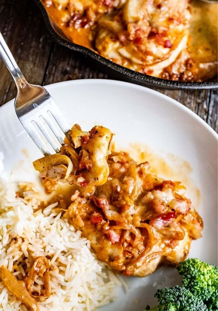 SMOTHERED CHICKEN BREAST