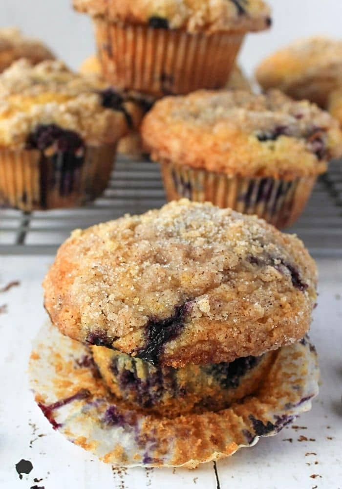 To Die For Blueberry Muffins With Crumble Topping